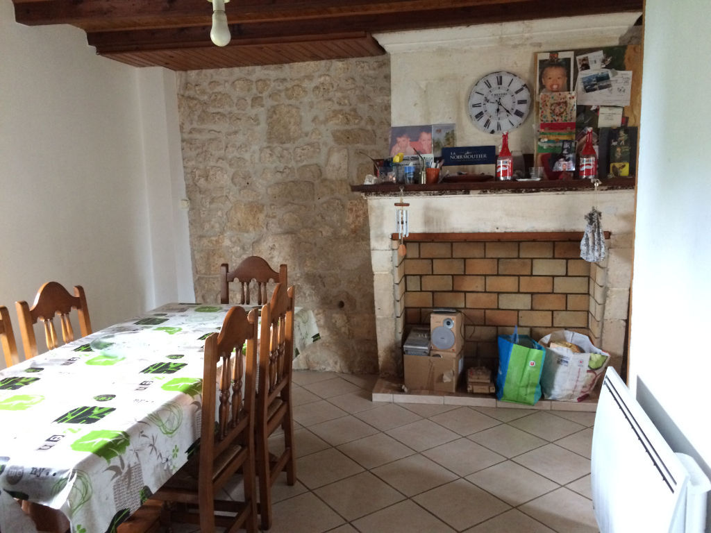 10 min ROCHEFORT St HIPPOLYTE : Maison en pierres 4 chambres photo 2