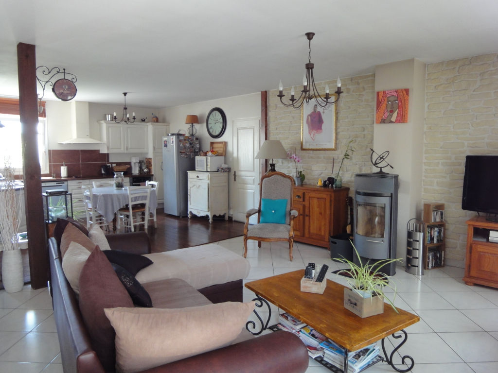 5 min ROCHEFORT : Centre d'ECHILLAIS : villa tout confort 5 chambres photo 2