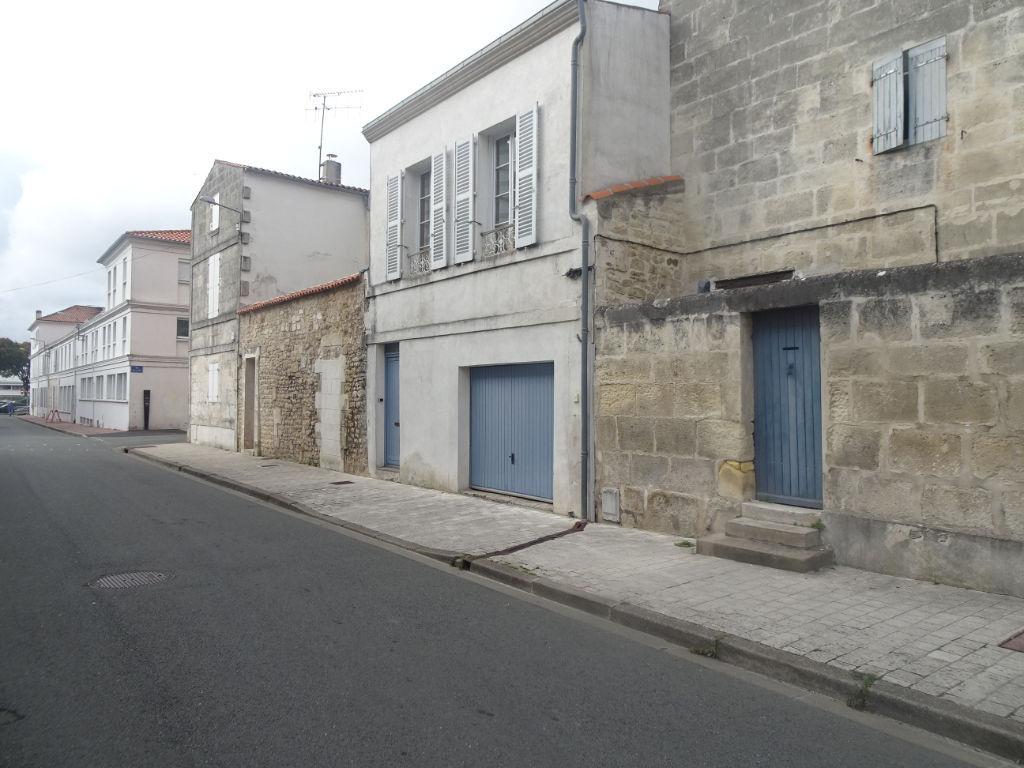 Rochefort - Maison en parfait etat : 2 chambres - garage
