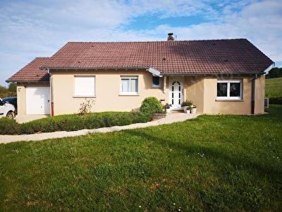 Nouveau bien immobilier à 57830 RICHEVAL