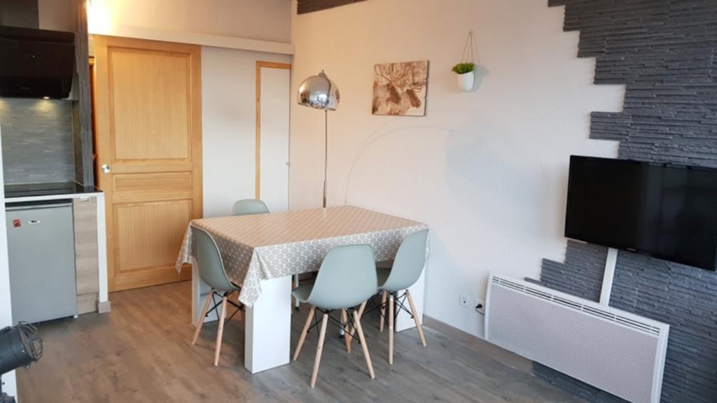 Appartement Montferrier studio renové avec gout 23 m2 aux pied des pistes photo 1