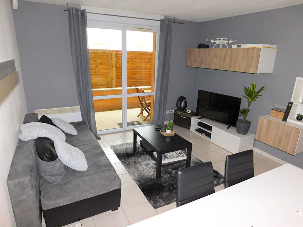 Portet Sur Garonne 31120 Appartement T2 de 44m² avec terrasse, traversant et une place de parking photo 1