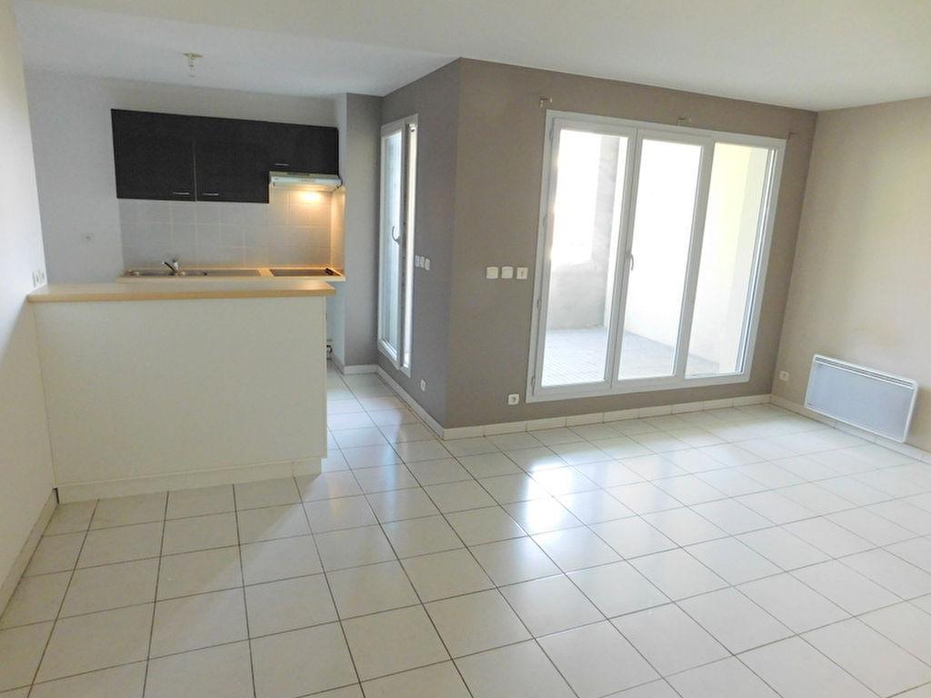 Toulouse Rangueil Pech david 31400 Appartement T3 de 64m²  avec terrasse couverte de 10m²  et 1 place de parking en sous sol photo 1