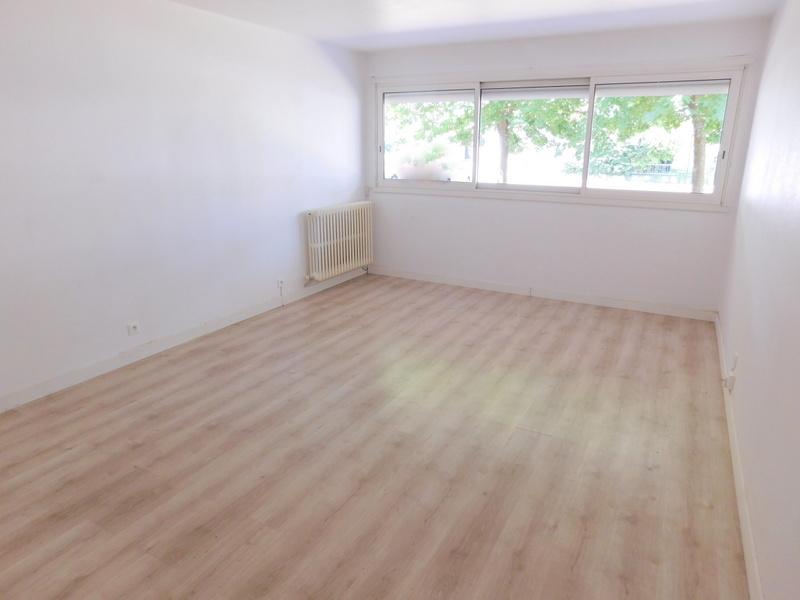 Appartement Ramonville Saint Agne T3 65.12m² traversant avec cave, parking, lumineux, au calme photo 2