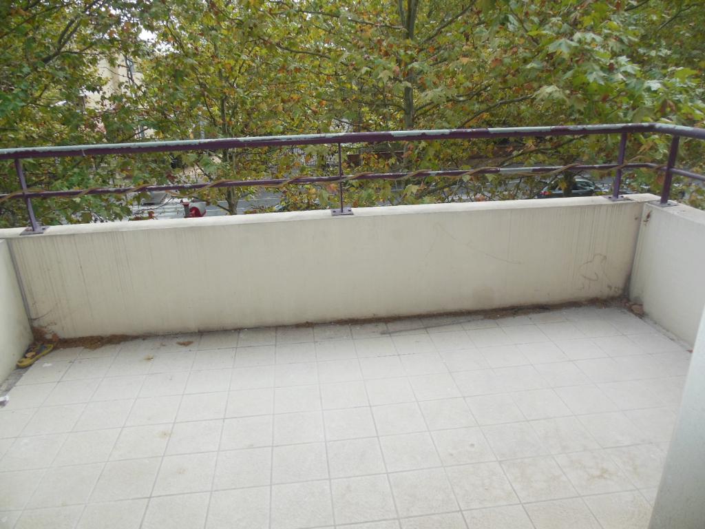 Toulouse 31200 Proche Métro Borderouge Au Pied du Jardin Muséum et Parc de la maourine T3  très bien agencé de 58.90m² cuisine séparée Agréable terrasse photo 1