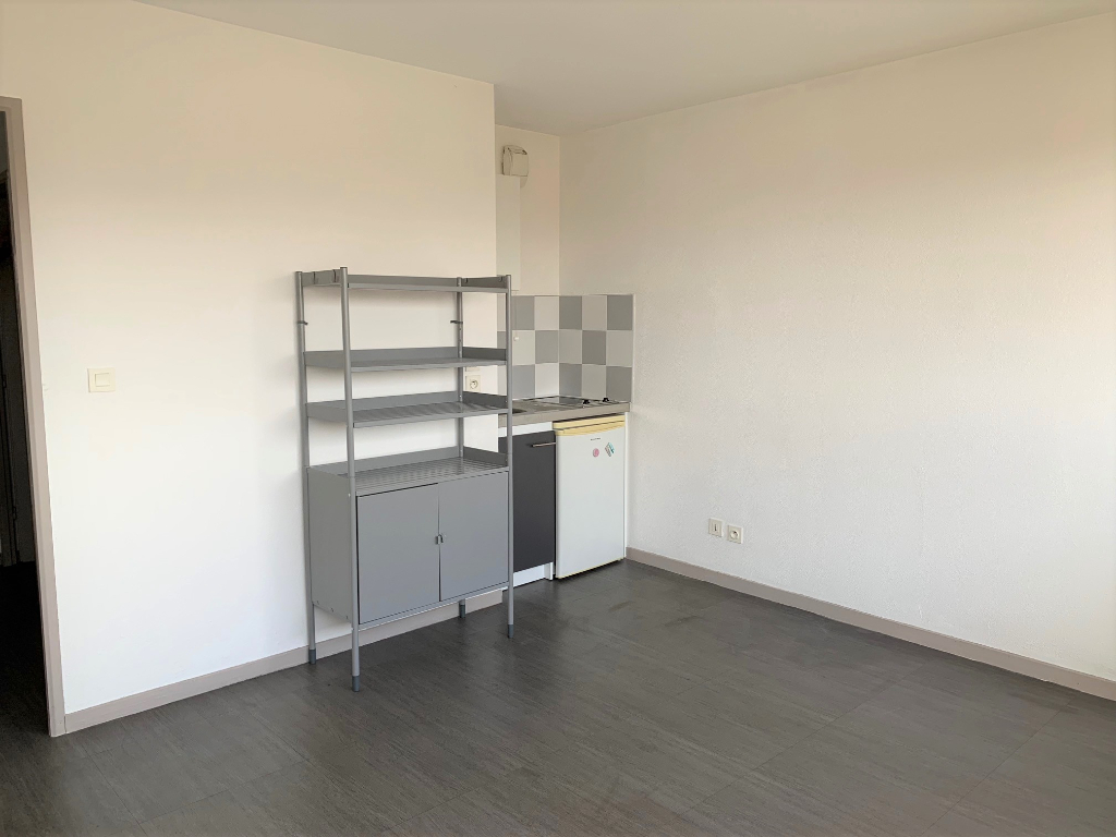 Ramonville Saint Agne 31520 Résidence Cambridge appartement T1 de 22.07 avec place de parking photo 2