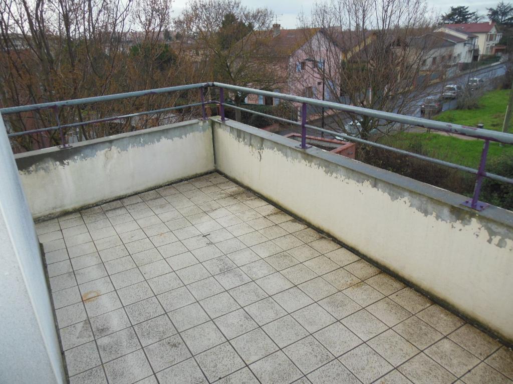 Toulouse 31200 Proche Métro Borderouge Au Pied du Jardin Muséum et Parc de la maourine T3  lumineux  très bien agencé de 59.40m², cuisine séparée, Agréable terrasse de 10.9m² parking en sous sol photo 1
