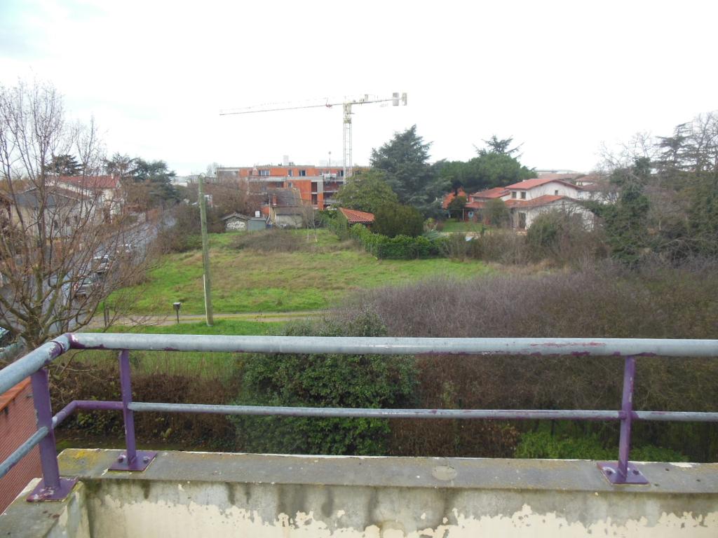 Toulouse 31200 Proche Métro Borderouge Au Pied du Jardin Muséum et Parc de la maourine T3  lumineux  très bien agencé de 59.40m², cuisine séparée, Agréable terrasse de 10.9m² parking en sous sol photo 2
