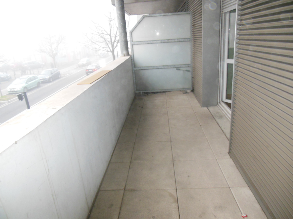 Toulouse 31100 Métro Mermoz T4 Récent de 87.49m² cuisine séparée , 2 terrasses de 9m²  , 1 parking photo 1