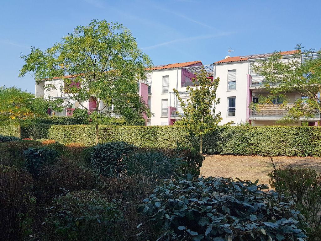 Toulouse 31100 Quartier St Simon - Beau T2 récent de 53 m2 très calme agréable et bien agencé  - terrase - parking Sous Sol . photo 1
