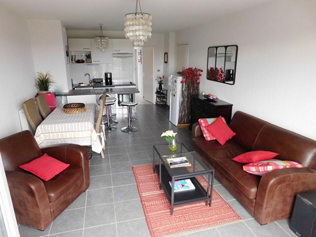 Toulouse 31200 appartement T2 à vendre au dernier étage - parking et 2 terrasses. photo 2