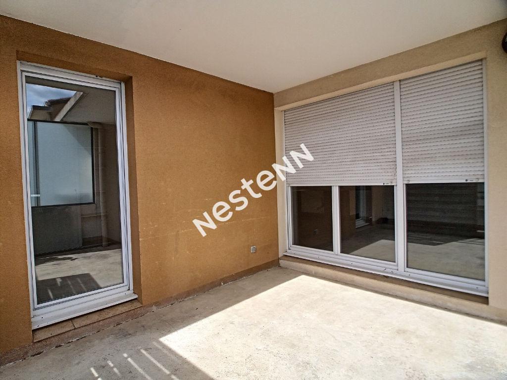 Appartement T3 résidence sécurisée Brignoles photo 2