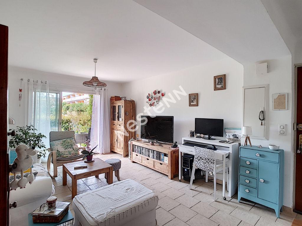 Appartement T3 en rez de jardin résidence sécurisée Brignoles photo 1