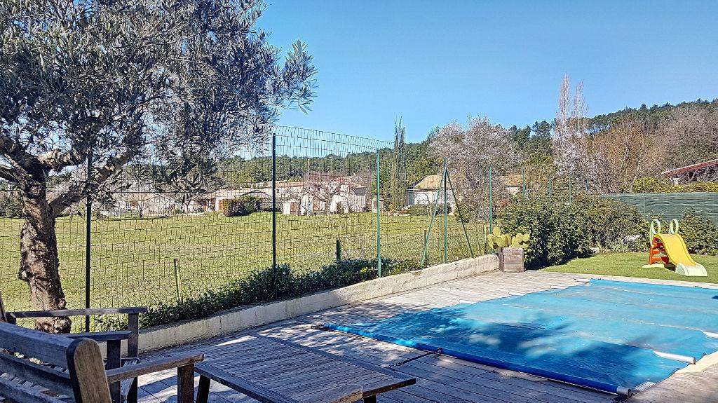 Villa T4 avec piscine en lotissement calme à Brignoles photo 1