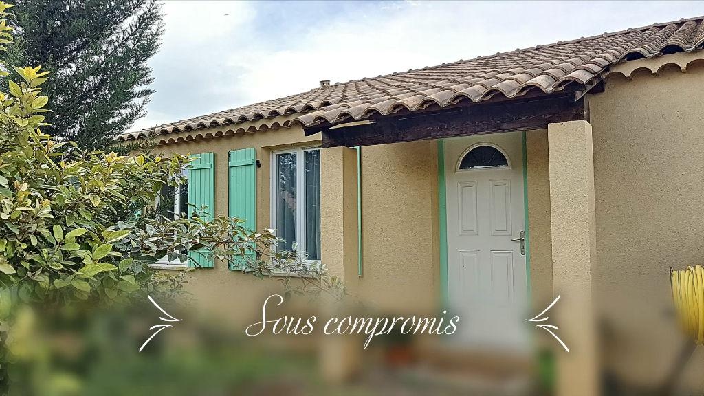 Villa T5 de 104m² de plain pied avec garage sur terrain clos de 567m² - Périphérie Brignoles photo 1