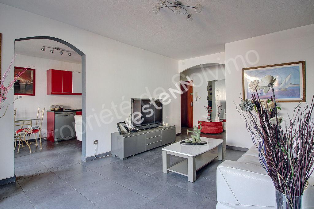 Appartement Vitrolles 3 pièce(s) 76 m² photo 1