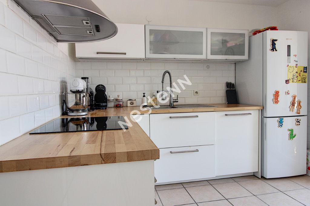 Appartement Vitrolles 3 pièces 65 m2 photo 2
