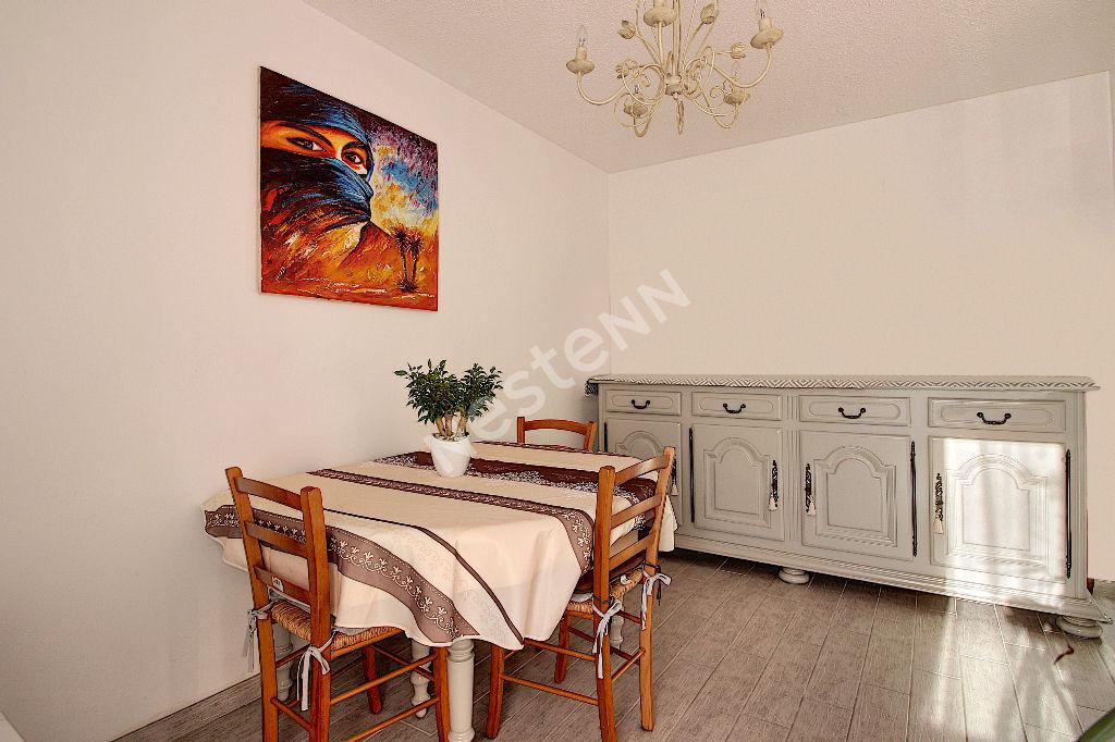 Appartement Vitrolles 4/5 pièce(s) d'environ 100 m² photo 2