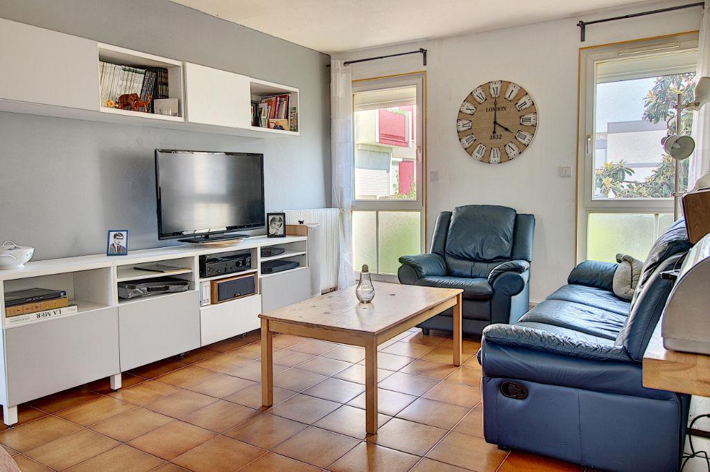 Appartement Vitrolles 5 pièces 96 m² photo 1