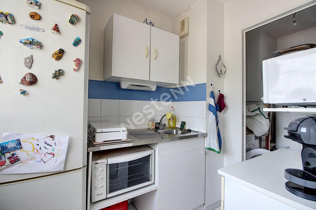 Appartement Vitrolles 2 pièce(s) 50 m2 photo 2