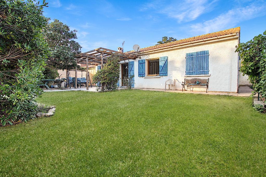 Maison Vitrolles 4 pièces plain pied d'environ  96 m² sur 712 m² de terrain plat avec piscine photo 2