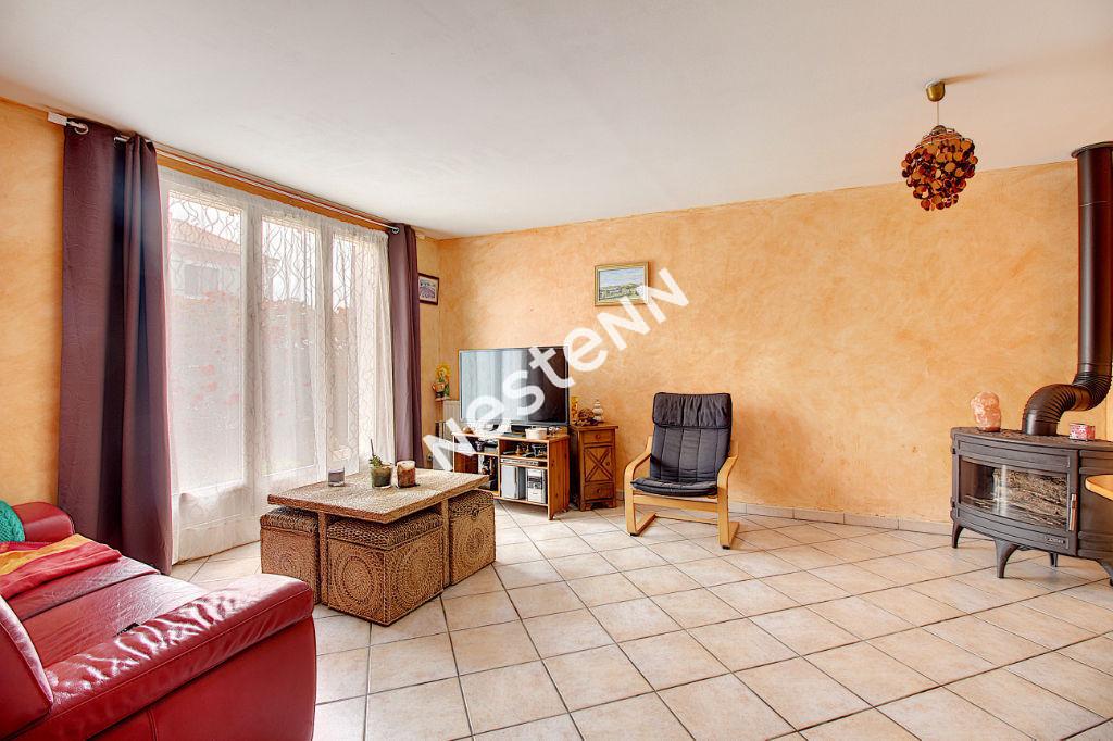 Maison Vitrolles 4 pièce(s) 80 m2 sur terrain 458m2 photo 2