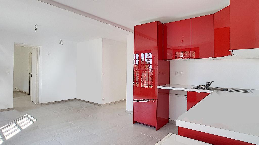 Appartement Vitrolles 3 pièces 57.75 m2 avec jardin de 53m² photo 2