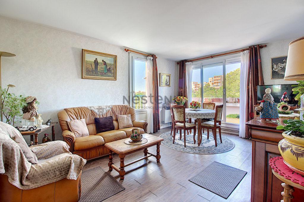 Appartement Vitrolles 2 pièce(s) 46 m2 photo 1