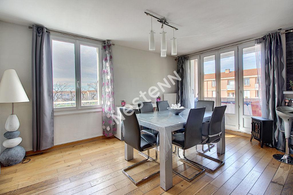 Appartement Vitrolles 4 pièces 66 m² photo 1
