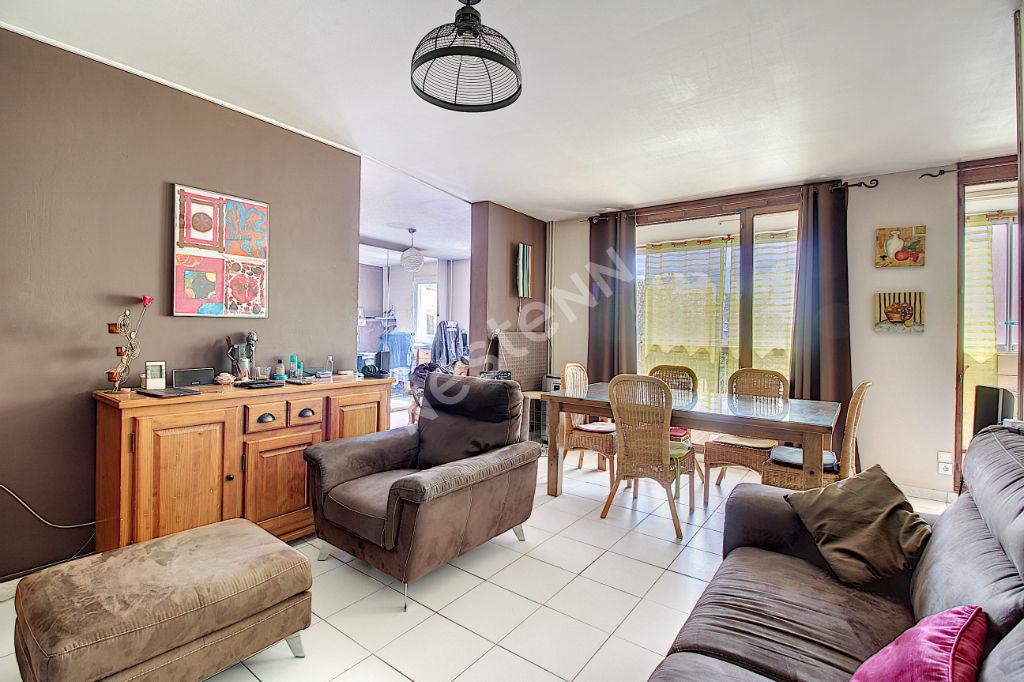 Appartement Vitrolles 5 pièce(s) 97 m2 photo 1