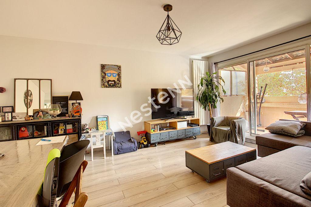 Appartement Vitrolles 4 pièce(s) 79 m2 photo 1