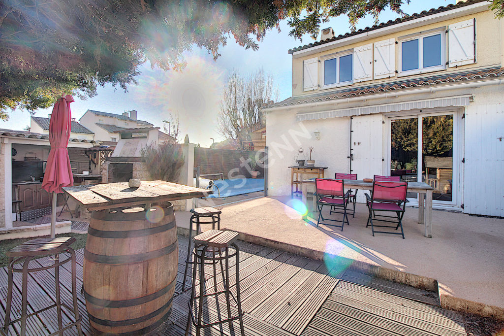 Maison Vitrolles 4 pièce(s) 100 m2 photo 1