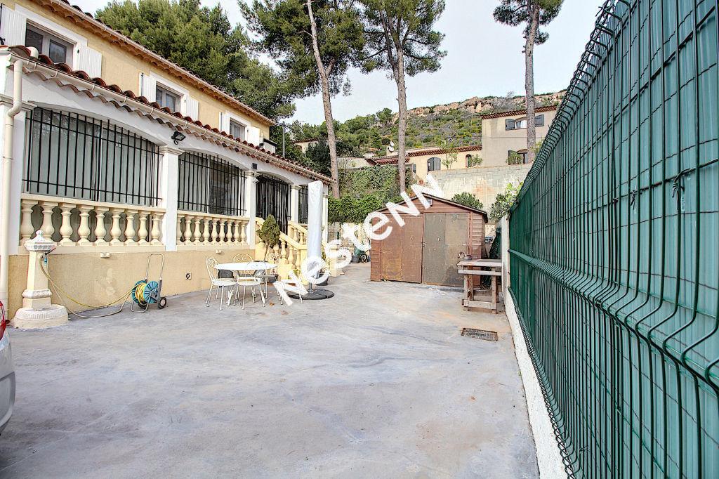 Maison Vitrolles 5 pièce(s) 92 m2 photo 2