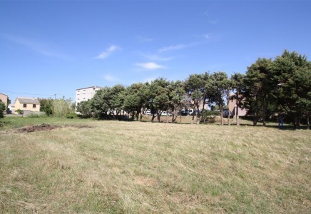 Terrain constructible Luri - 1100 m² photo 1