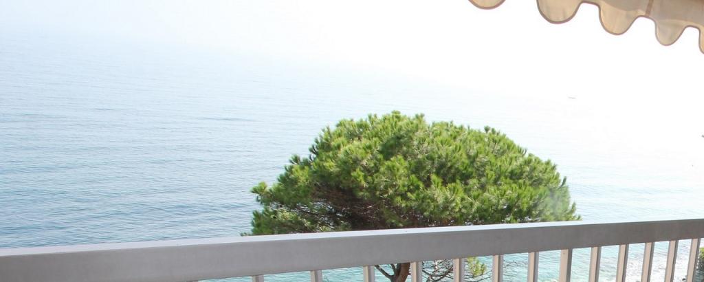 Bastia, début Cap Corse Ville di Pietrabugno, 5 minutes de Bastia Vue mer, Magnifique T5 de  112 m² au 3ème étage, ascenseur. photo 1