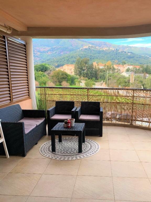 Lucciana, dans belle Résidence récente T2 de 43.39m² + terrasse 15 m² + 2 parkings photo 2