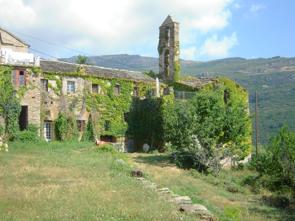 A 10 km de Bastia, BRANDO - Aile de Couvent au charme fou photo 1